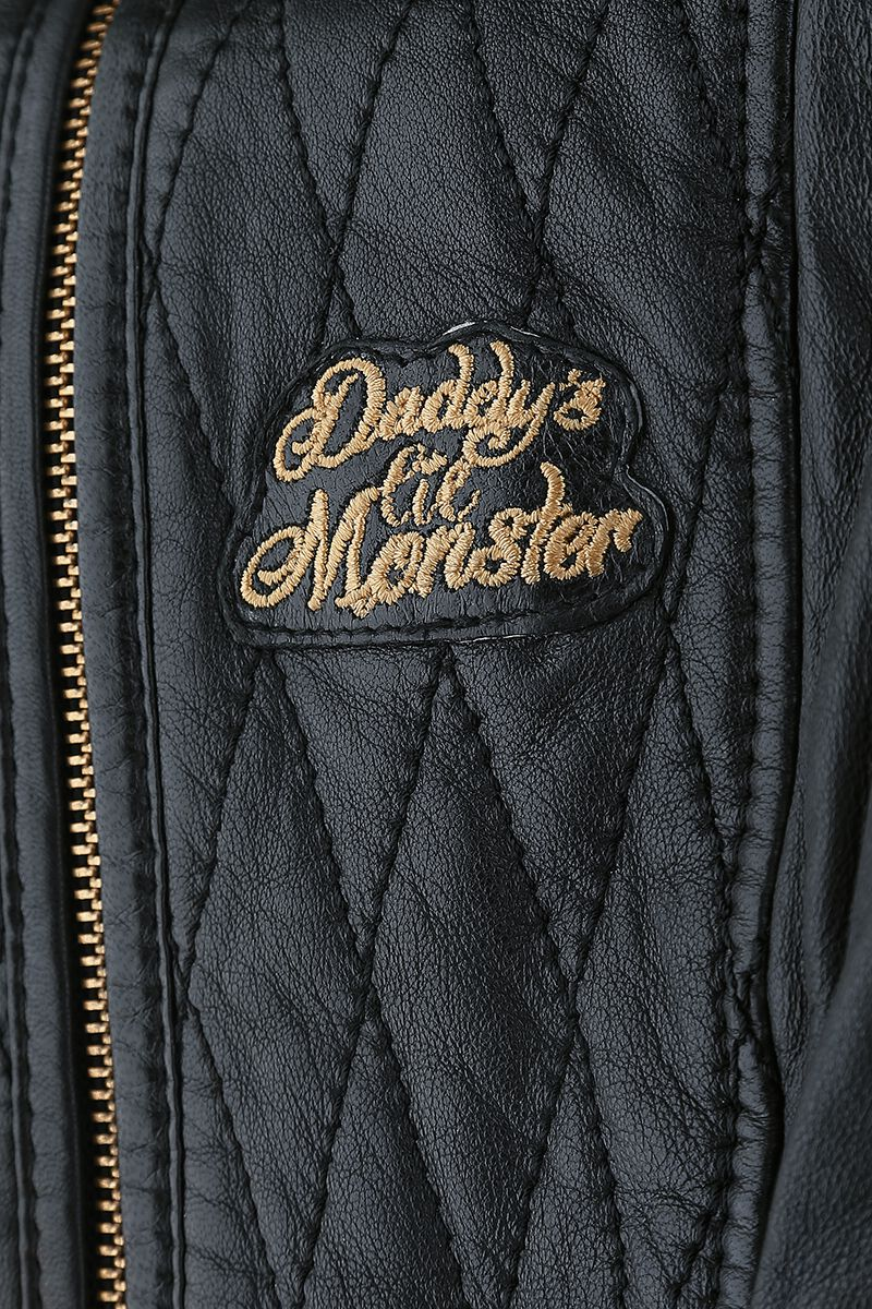 5a9b7038f74 Harley Quinn - Daddy s Lil  Monster