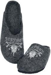 Šedé pantofle s vikingským potiskem