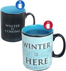 Hrnek Winter Is Here s potiskem, který se pod vlivem tepla mění
