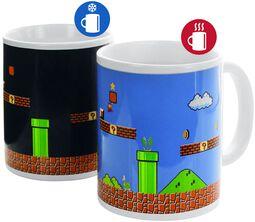 Hrnek Super Mario s potiskem, který se pod vlivem tepla mění
